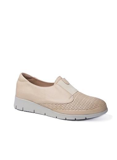 Beta Ayakkabı Bej